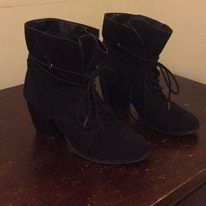 Black Chelsea Boots ⚡️